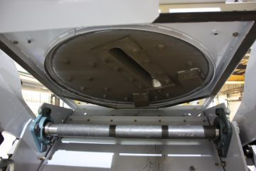 CNDR Drum Blast machine underneath